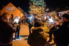30.11.2019 Rosvícení vánočního stromu